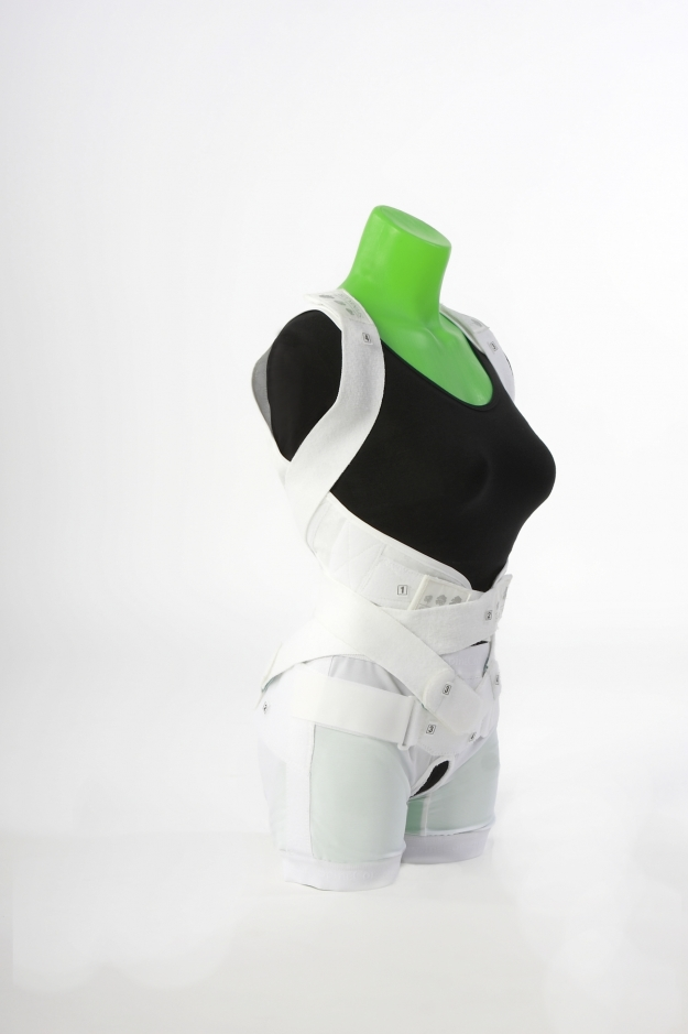 the spinecor brace is an effective form of treatment for ais Spinecor is highly effective for the early treatment of idiopathic scoliosis developed in the early 1990s, it utilises a dynamic corrective brace, together with a completely new treatment approach requiring clinical assistant diagnostic software to allow accurate fitting and treatment follow up.